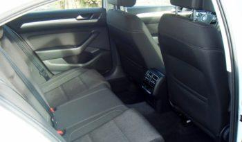 VW Passat 1,6 TDI BMT Comfortline full